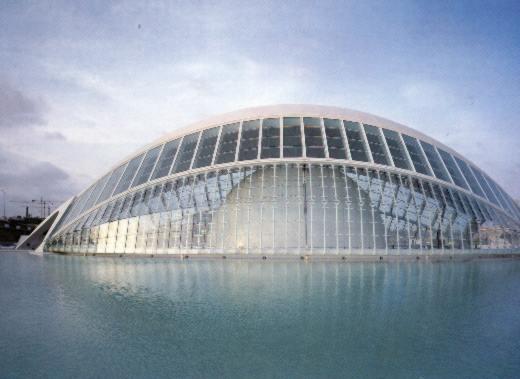 las obras de santiago calatrava muestran la influencia de felix candela con el cual trabaja actualmente en la del conjunto de edificios que